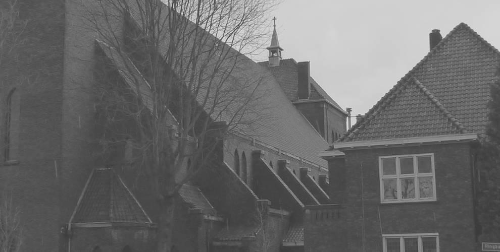 sacramentskerk-met-pastorie